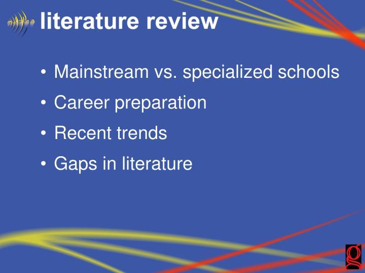 Mainstream vs. specialized schools
