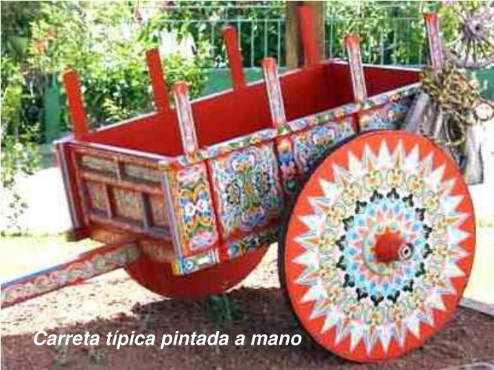 Carreta típica pintada a mano