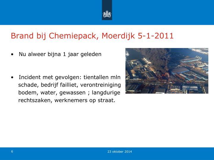 Brand bij Chemiepack, Moerdijk 5-1-2011
