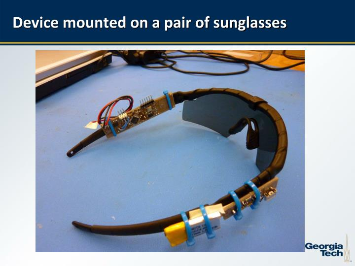 Device mounted on a pair of sunglasses