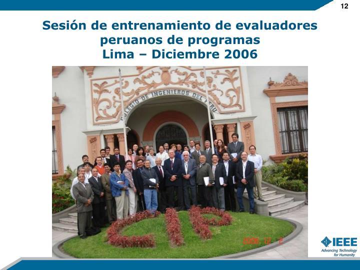 Sesión de entrenamiento de evaluadores peruanos de programas