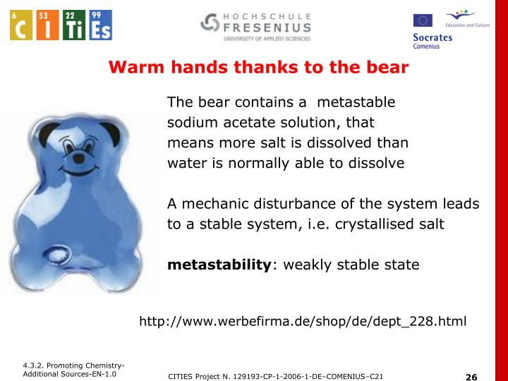 Warm hands thanks to the bear
