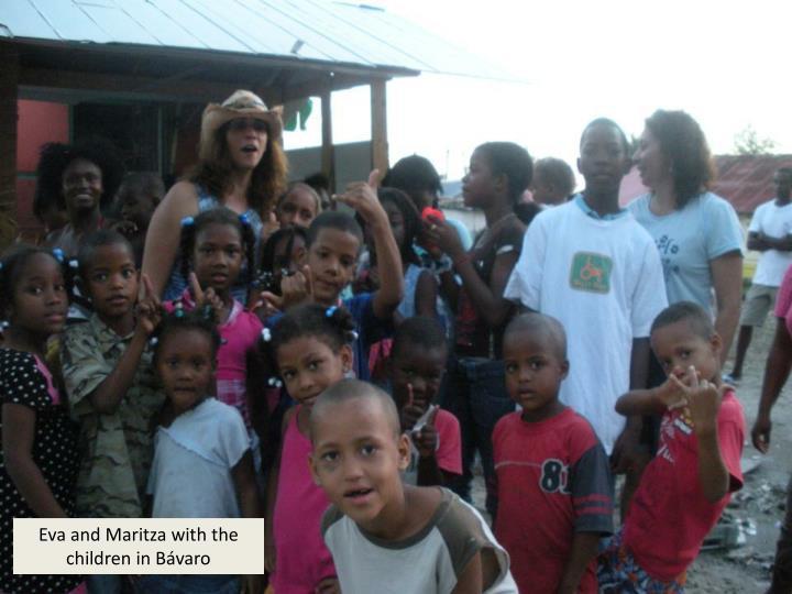 Eva and Maritza with the children in Bávaro