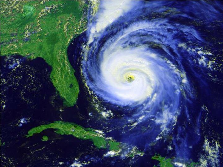 Ciclonii tropicali-