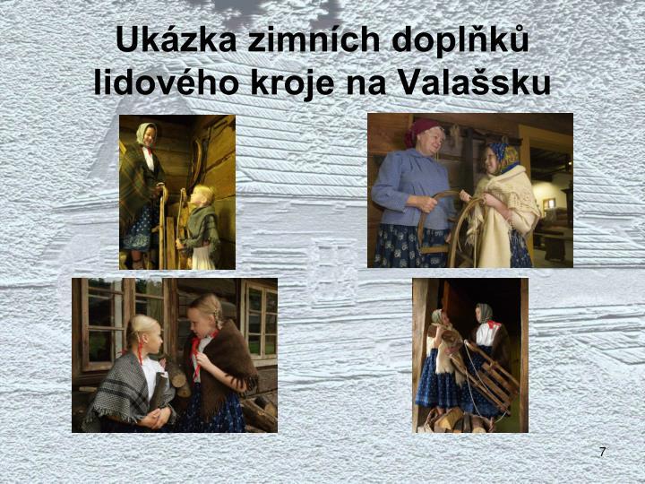 Ukázka zimních doplňků lidového kroje na Valašsku