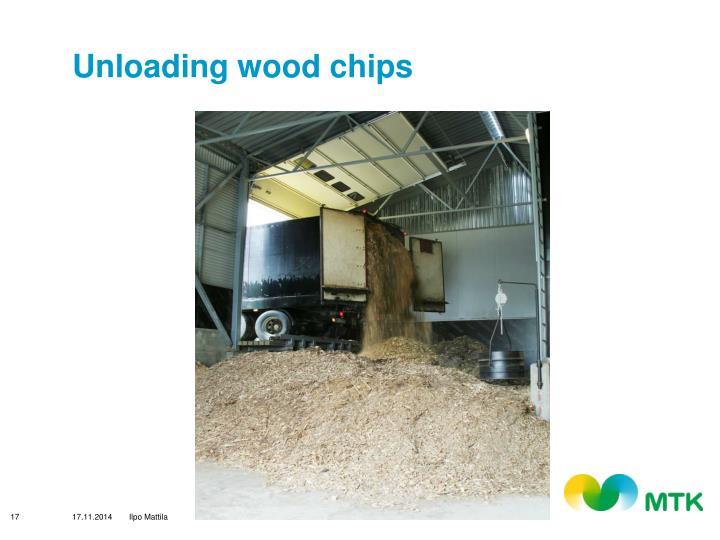 Unloading wood chips