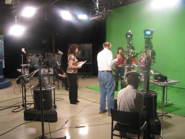 Study 2c: Being TV presenters